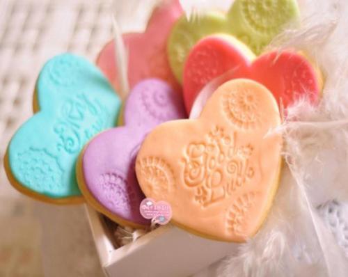 90后女孩的梦幻翻糖饼干,靠一双手吸引了70万人